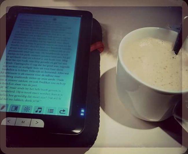 Book I ♥ Reading & Relaxing Love My E-reader Relaxing Reading On My Ereader Reading A Book The Week On Eyem Fresh On Eyeem  Canoneos1300D Lovelovelove Ereader Booklover Book And Coffee