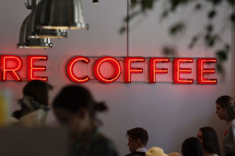 Coffe Coffee Time Coffee Shop Busy Busylife Busy City Cafe Time Caffeine Text Communication Group Of People Adult Sign Women Red Architecture People Business City Capital Letter Cafe Men Neon Crowd Western Script