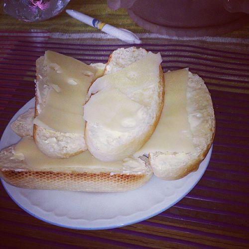 Gjort egna baguetter till frukost! ;) Vitl ök Gott Frukost Mumma