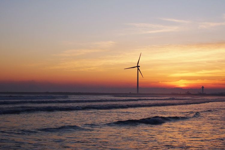 Sea Wind Power Outdoors No People Sky Horizon Over Water Water Technology Day Nature Beauty In Nature