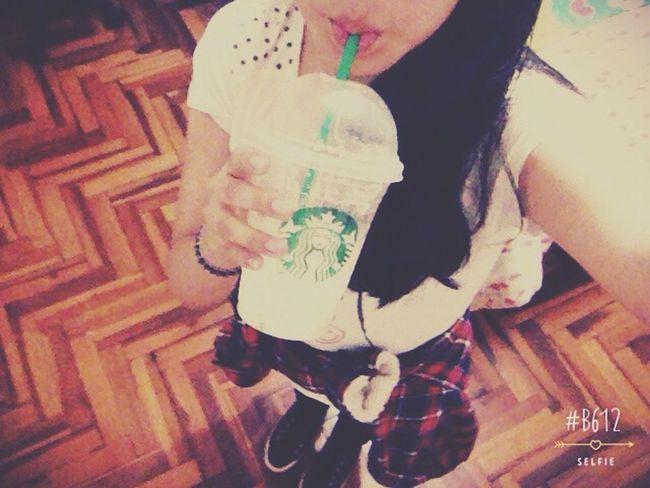 Hello World Starbucks 😚
