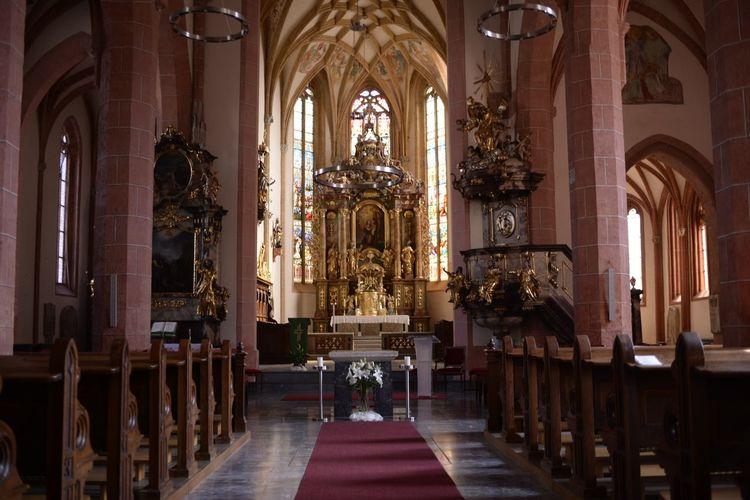 Church interior, place of prayer.