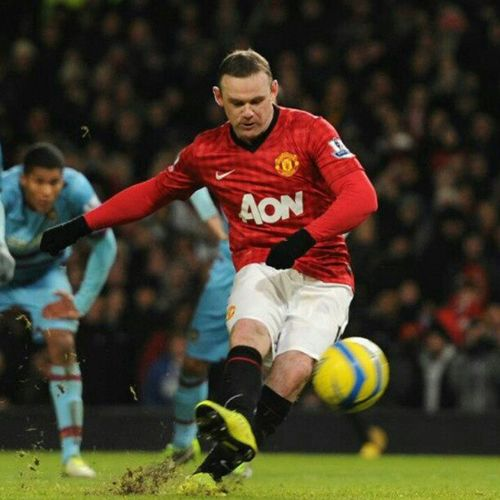 First day back, you gave us the Win even though missing that Penalty was Phenomenal . Rooney ManchesterUnited manutdfans manU manufc manutd soccer englishfootball epl bpl