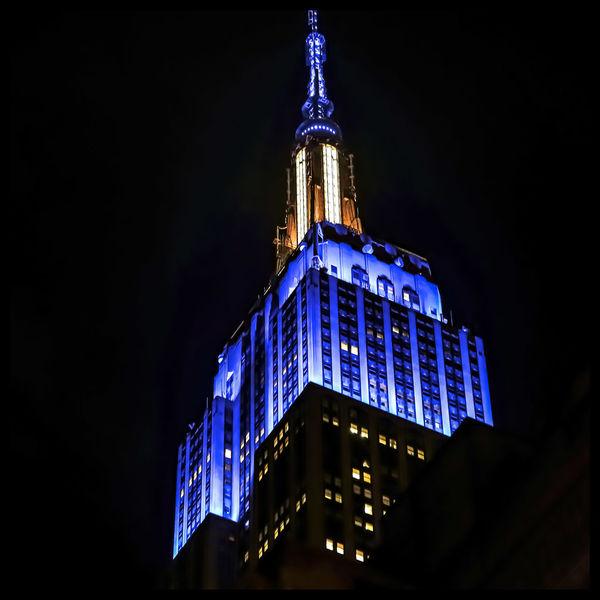 The Empire The Architect - 2018 EyeEm Awards Newyorknewyork Ig_unitedstates Icapture_nyc Nyc_explorers Politics And Government Christmas Lights Government Sky