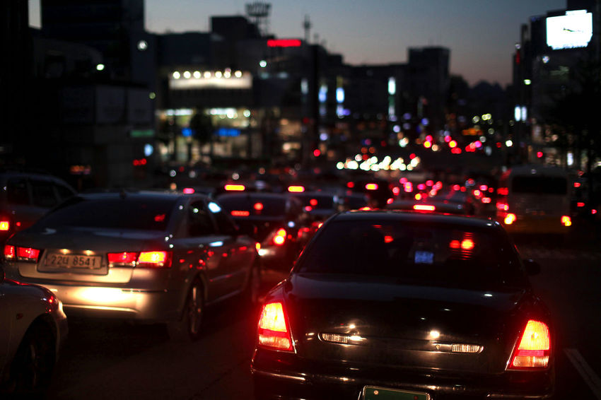 Busy traffic hour in Seoul city before dark