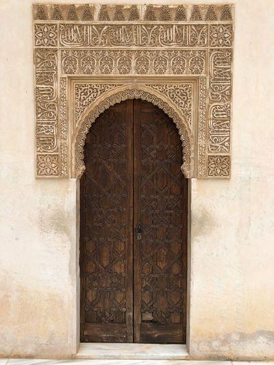Door 🚪 Door