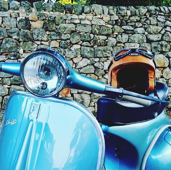 Vespa Vespavintage Italian Old Style Sicily Aroundtheworld Look Beautiful Nature