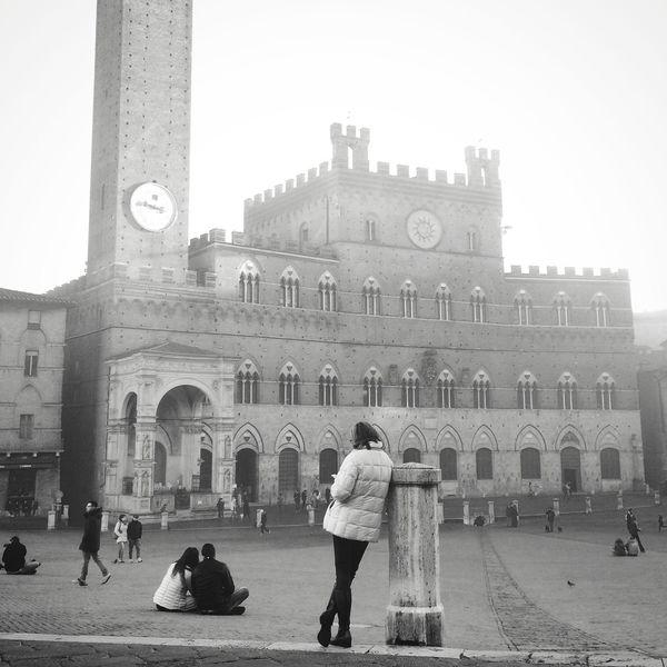 Siena Piazza Del Campo Nebbia Fog
