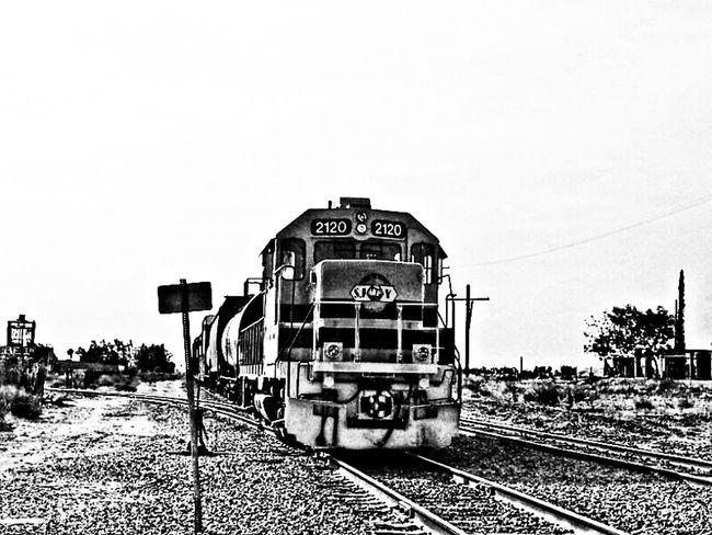Black&white Monochrome Hrd Train