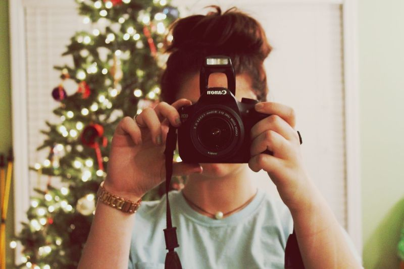 Canon Canonphotography Blessed  Camera Messyhair Messybun Pearl Christmas Christmas Tree Lauren James Watch Rose Gold First Eyeem Photo