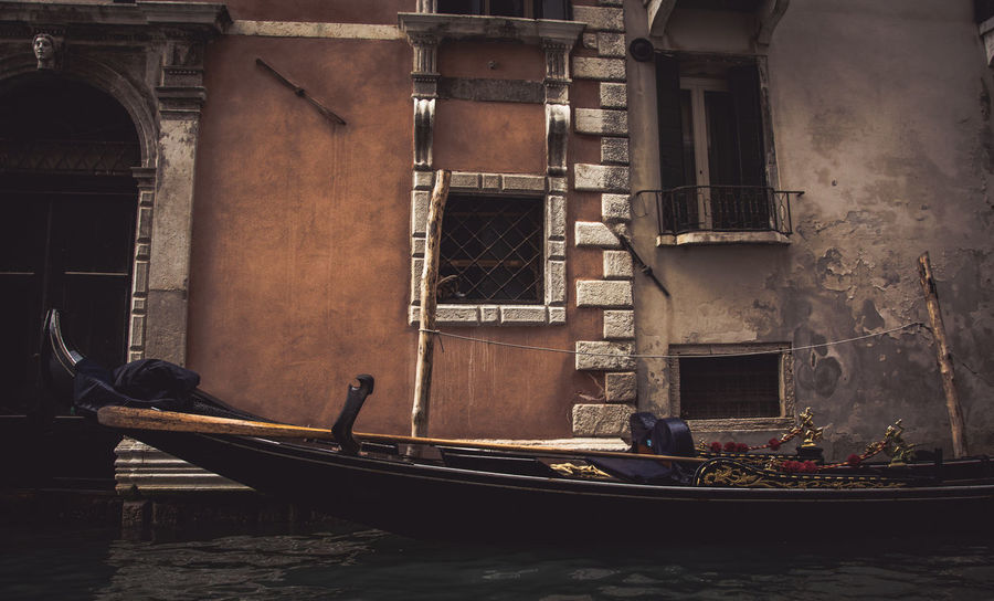 Architecture Boat Boats⛵️ Bridge Building Exterior Built Structure Canal City Life Day Kerber Love Outdoors Romantic Venice Venice Canals Venice, Italy Water Waterfront Window