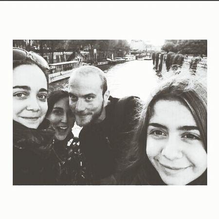 Travel In Paris Pierre Hermé Selfie Time