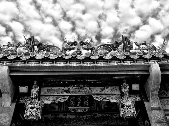 高高在上 Iphone 6 Travel Photography Sky And Clouds Black And White
