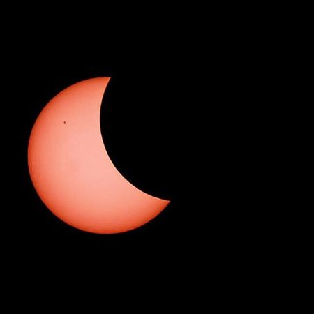 Sonnenfinsternis 2015 Hello World Suneclipse Eclipse Red Sun Moon Sun Vs Moon Taking Photos Nature