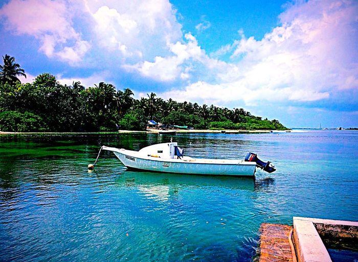 Maldives Natural Sea And Sky Sea View