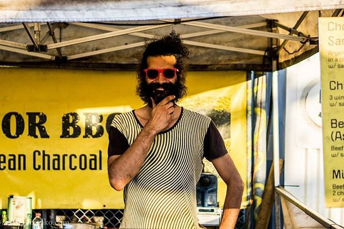 Food Truck Park on High Street in Preston Australia . Where I Downed an Authentic Spanish Choizro Marinated in Spices Encased in a Crusty Roll with a little Salad to take the edge off that Spice @senorbbq... alongside this Flavoursome Guy with Style !