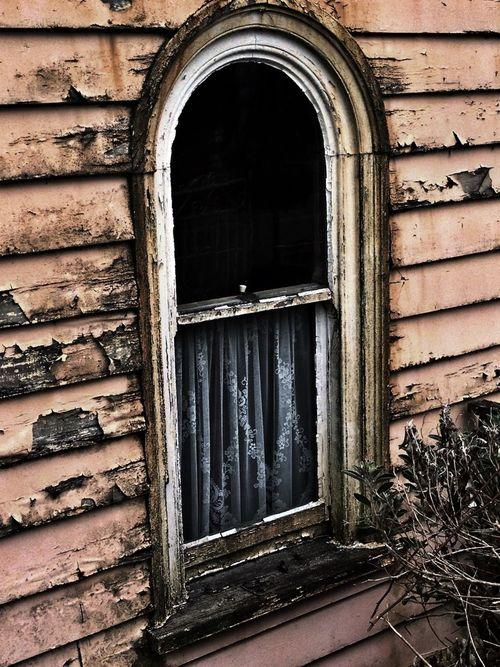 Window Beauty Of Decay Rurex