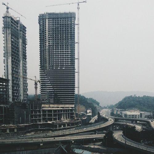 Ini semua duniawi. Thanks @asuramaru dan @cah_nikon ajar edit! Photowalk Damansara Malaysia Building scene scenary pemandangan view panorama architecture random amalaysianphoto SnapSeed vsco vscoexpo vscocam vsco_masters