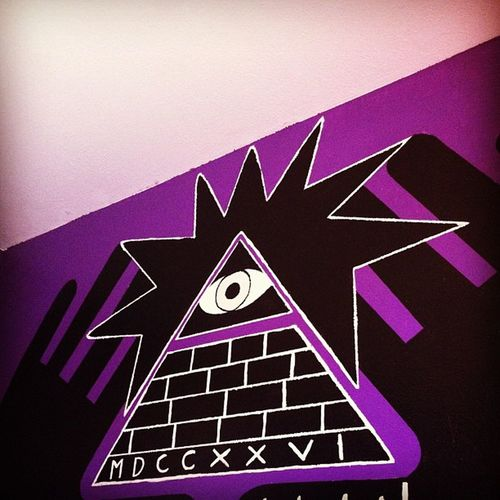 This is sick @jayfantom Illuminati Painting Fuckthegovernment Theyalllie Iknowthetruth