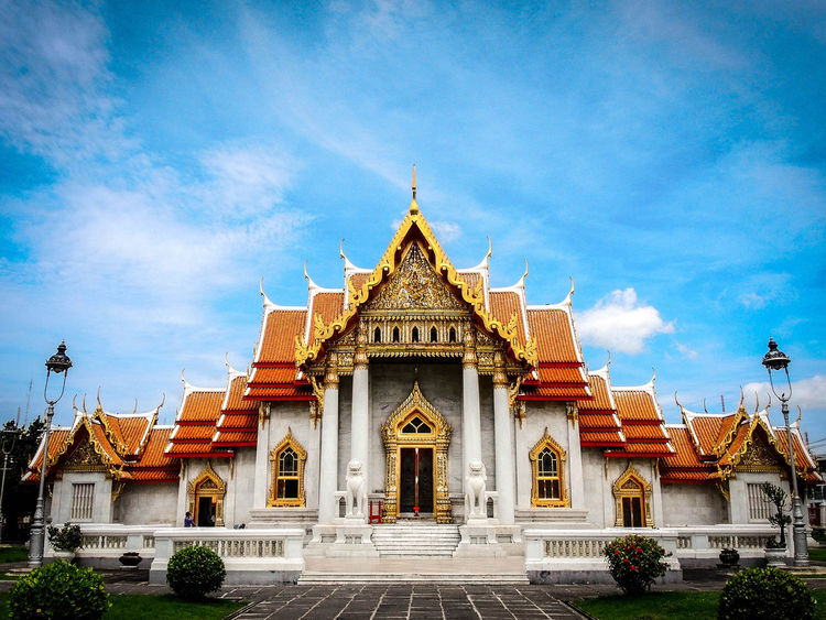 #Bangkok #buddha #buddhism #colors #journey #prayer #temple #sightseeing #trekking #travelling #Thailand
