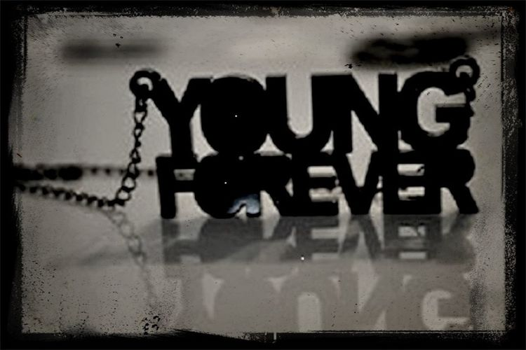 #YoungForever
