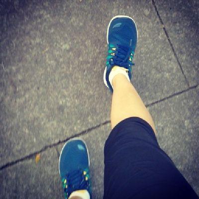 Una vez más mis pieseses no me falllaron!!! :) Nike Nikefree Nikefree5 .0 Tennis Tenis TenisNike TenisNikeFree