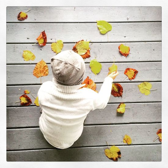 Bambino Hello World Lovely Photocuba Portrait Italy Autunno  Hi! Life Passion Autumn Colors Autumn🍁🍁🍁 Child People Romantic Bellezza Semplicità Wool