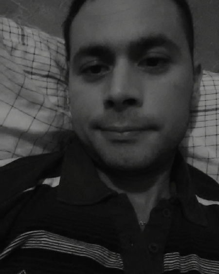 Selfie Portrait Selfie ✌ Self Portrait Man Inthebed