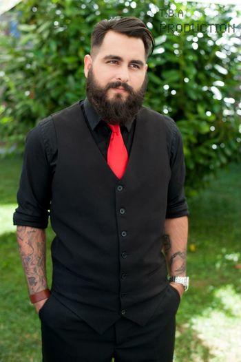 Bearded and tattooed Model Modeling Hugoboss Giorgio Armani Rich Bilionarie Calvin Klein Lacoste Tattoo