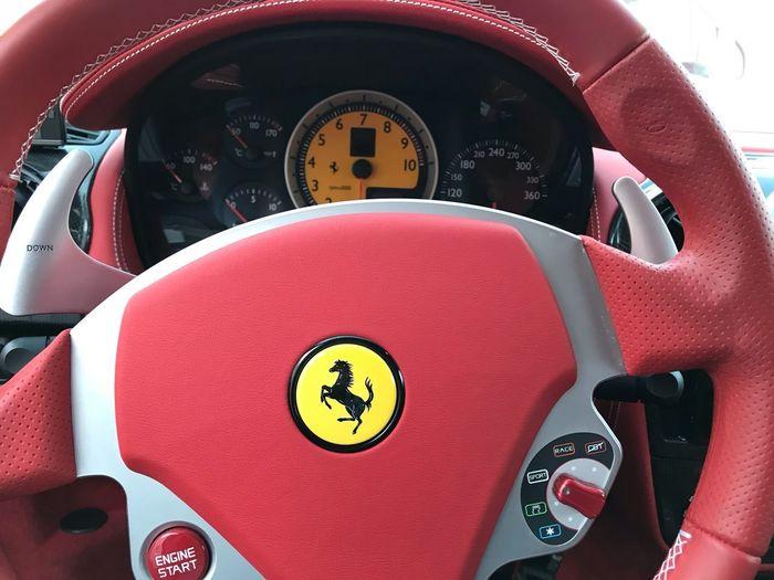 非日常的な車、、自分なら買わないな、綺麗だけどね😅👌 Number Communication Human Body Part Close-up Indoors  Red Sport Technology High Angle View Mode Of Transportation Shape