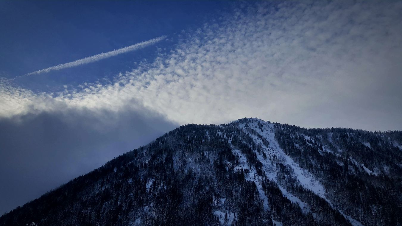 Winterscapes Mountain Sky Snow