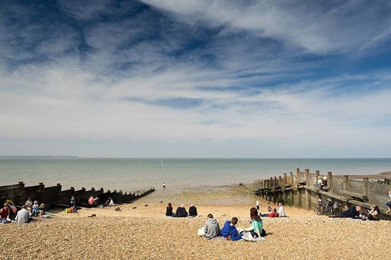 Almost Summer Whitstable Beach Sunshine Bluesky England Landscape