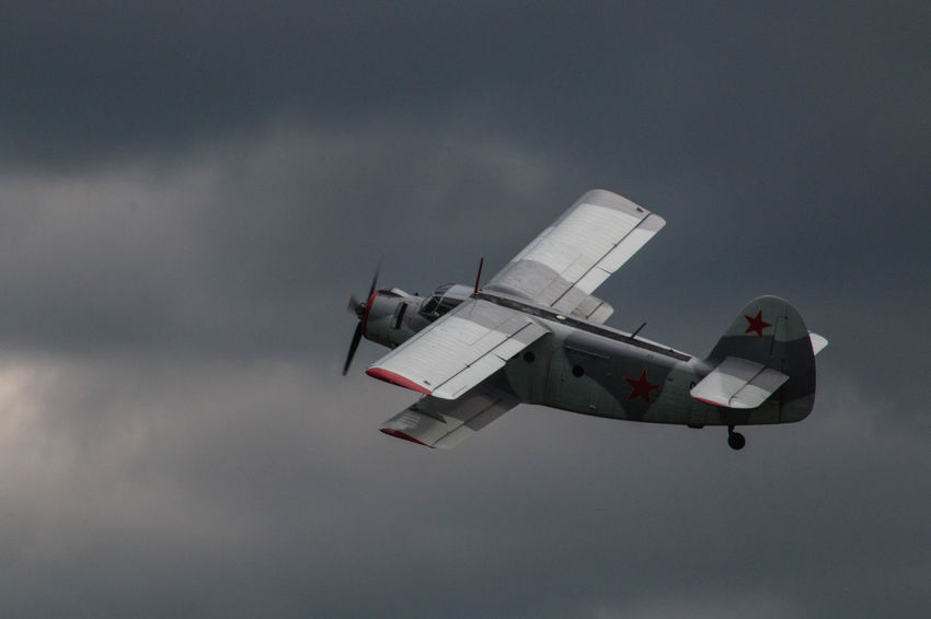 Antonov Airplane Biplane Cloud - Sky Clouds And Sky Flying Mid-air Military Airplane Sky
