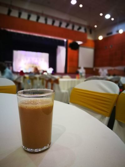 Food And Drink Drink Drinking Glass Cocktail Freshness Teh Tarik Tea Milk Milked Tea Sweet Sweetener Wedding Ceremony Reception Nikah Table Glass Water Drinks