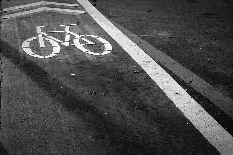 Landscapes With WhiteWall Here Belongs To Me Black And White Taking Photos Light And Shadow Showcase March On The Road Bike Lane EyeEm Gallery Our Best Pics OpenEdit I LOVE PHOTOGRAPHY ............♥