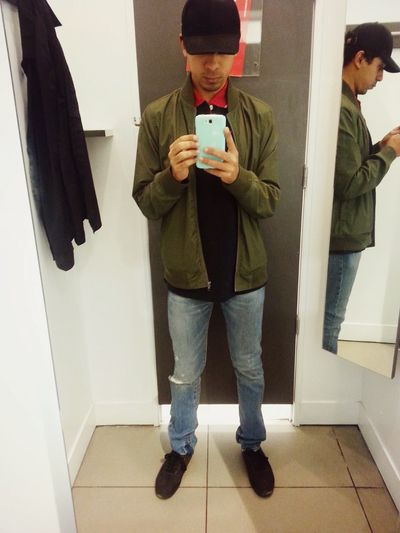 Fitting Room Selfie Hi! That's Me Fittingroom Fitroom Check This Out