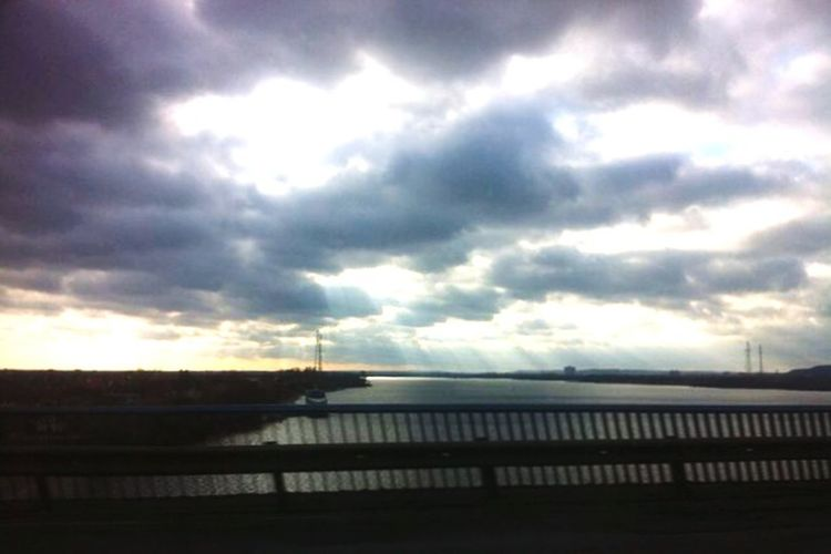 Kiev Kiev Ukrain Sky Paradise Beautiful Sky Car Sun Sunset #sun #clouds #skylovers #sky #nature #beautifulinnature #naturalbeauty #photography #landsc Київ украина