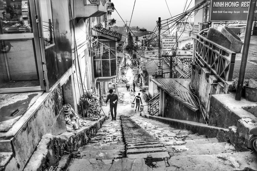 Vietnam Enjoying Life Hanging Out Traveling Seeing The World Blackandwhite Monochrome Eye4photography  Watching People Walking Around Hello World