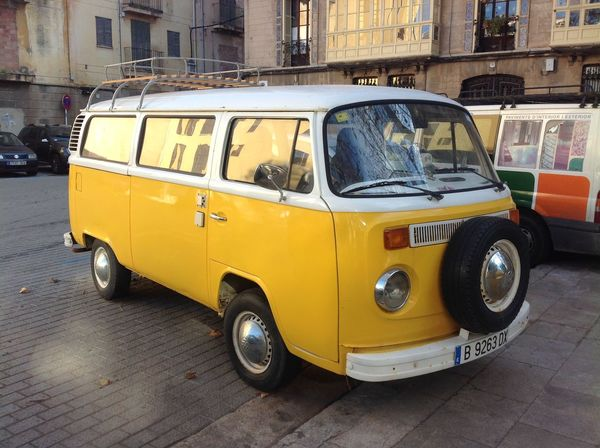 Bulli Mallorca Palma De Mallorca VW VW Bulli VW Bus Car IZoOoM No People Yellow