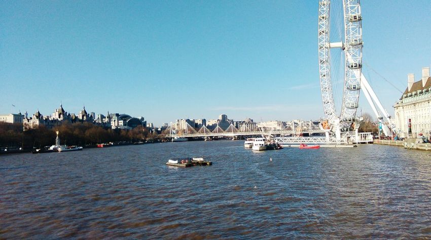 City life Liveing Life London Eye The River Thames