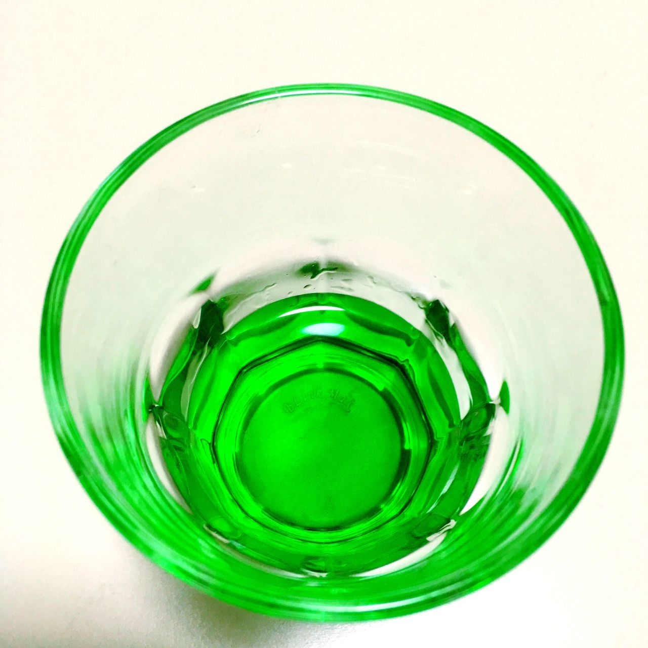 green color, white background, drinking glass, studio shot, drink, food and drink, freshness, refreshment, close-up, no people, alcohol, indoors, water, day