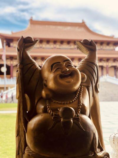 Happy Budha