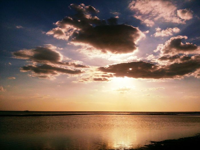 Taking Photos Relaxing Clouds Clouds And Sky Sun Sunset Water Reflections On The Beach Lovely Have A Blessed Day Everyone!