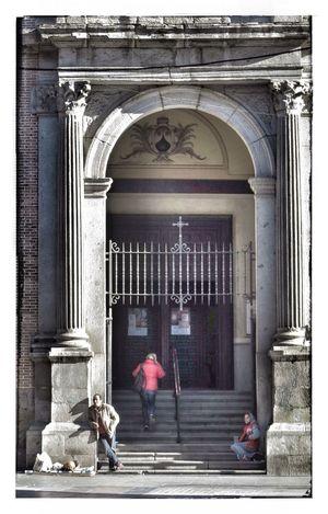 Church Sunday Canon PowerShot G1 X Streetphotography