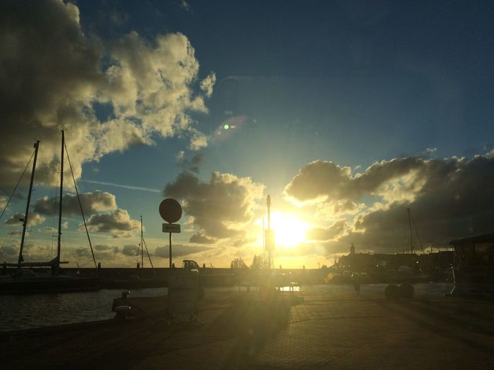 Sunset🌅 Sky Cloud - Sky Sunset Silhouette Nature Sunlight Sun Beauty In Nature