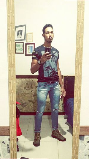MYSELFIE Mysef Me Skinny Mirror Portrait Front View Standing Adults Only One Person Adult People