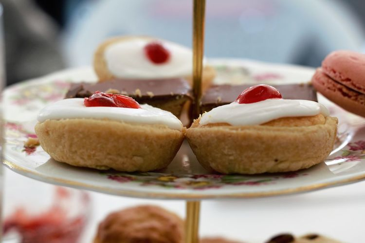 Cherry bakewell afternoon tea Cake Cakes Cake Stand Bakewell Tart Tart Tart - Dessert Cherry Icing Sweet Treat Dessert Afternoon Tea EyeEm Selects Dessert Stuffed Tart - Dessert Plate Cake Close-up Sweet Food Food And Drink
