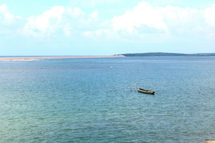sea and river Bay Of Bengal Konarak Beautiful Nature Beach Photography Boats⛵️ Relaxing Moments Summer ☀ Meeting Of Sea And River Travel Photography india