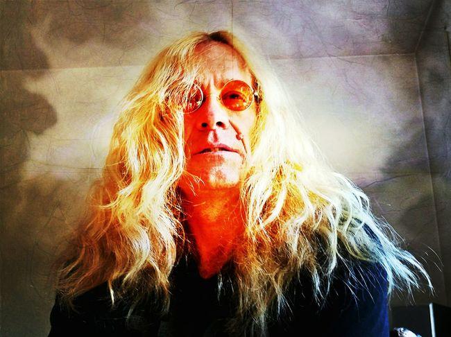 Depressiv oder Tristesse - Nichts !! Leben Hoffnung Tod Liebe Leere Faces Of EyeEm Mann Earth Blond
