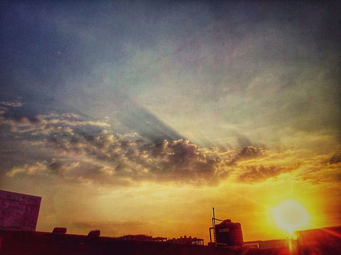 Capture The Moment Drama Added Fun With Snapseed Nature Playing With HDR Beautiful Sky Beautiful Sunset Beautiful Nature Normal 8mp Cam
